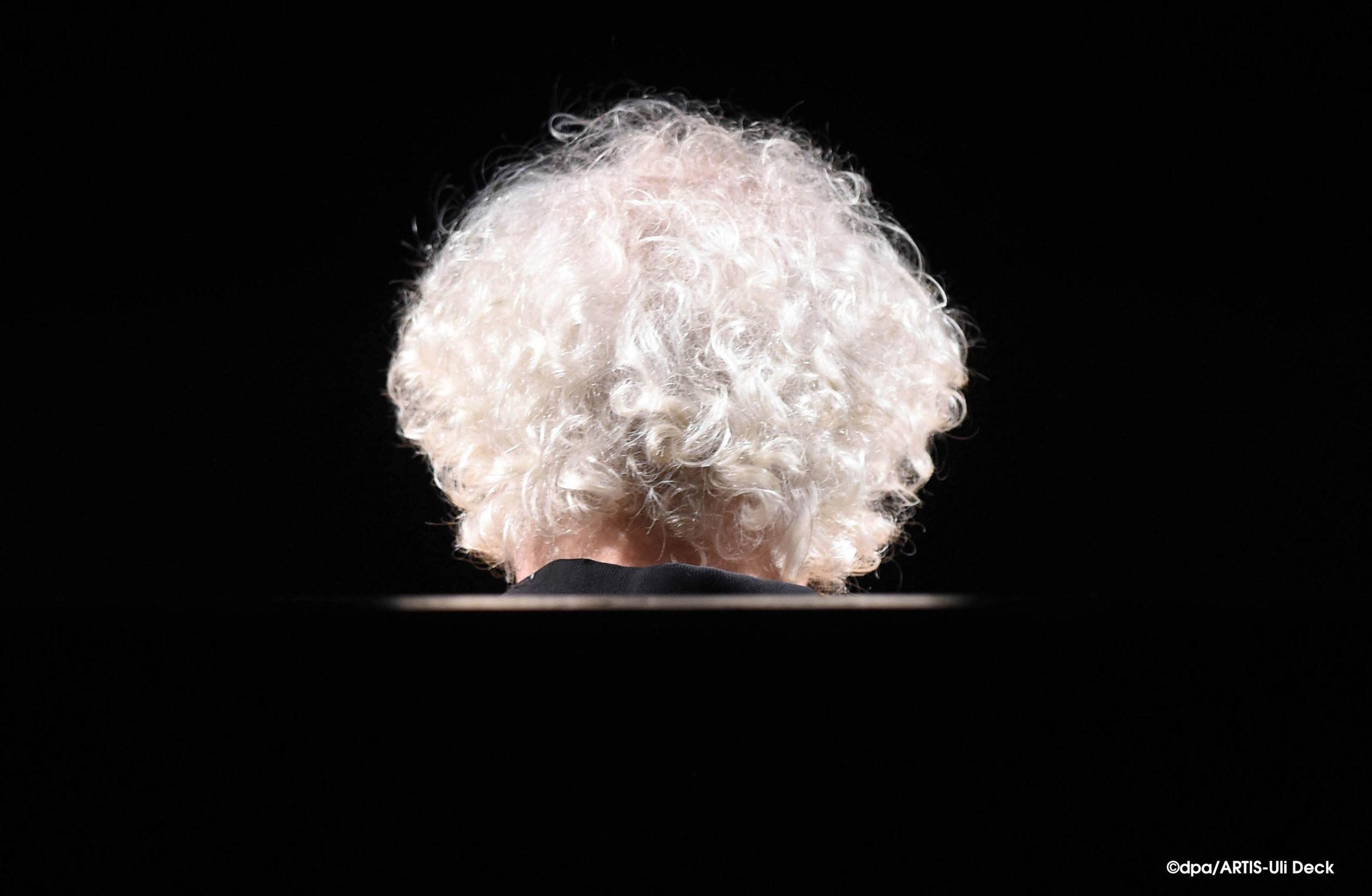1. Platz dpa Bild des Jahres 2014 in der Kategorie Portrait. Sir Simon Rattle im Festspielhaus Baden-Baden