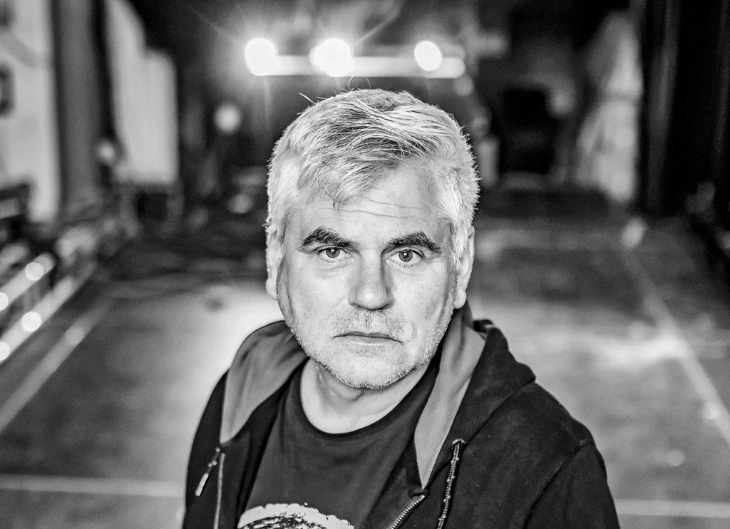 """Kulturportrait in Zeiten von Corona – Martin Holder, Geschäftsführer """"Kulturzentrum Tempel""""  in Karlsruhe.  Im Rahmen der BNN Serie """"Was fehlt?""""."""